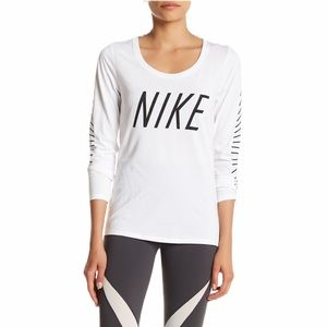 The Nike Tee Athletic Cut Long Sleeve—XL